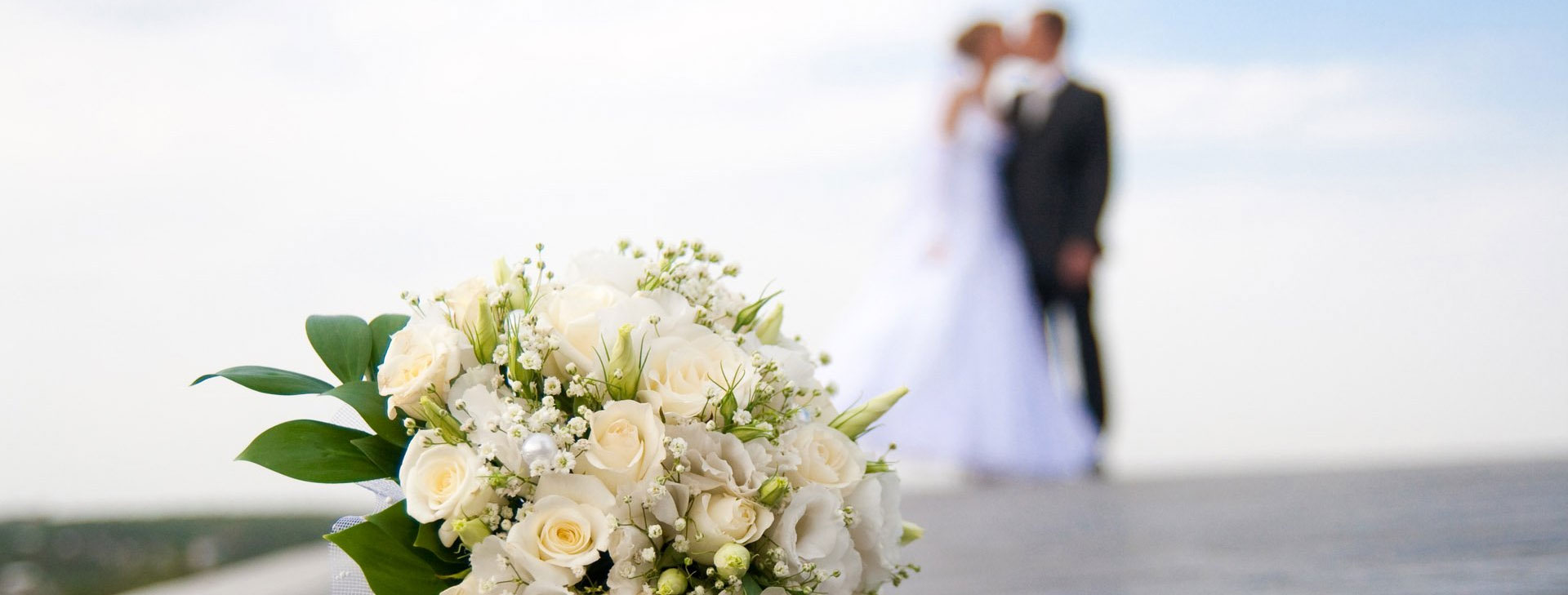 Use our wedding planning checklist and wedding planning guides